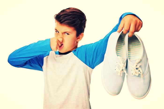 воняют ноги у ребенка